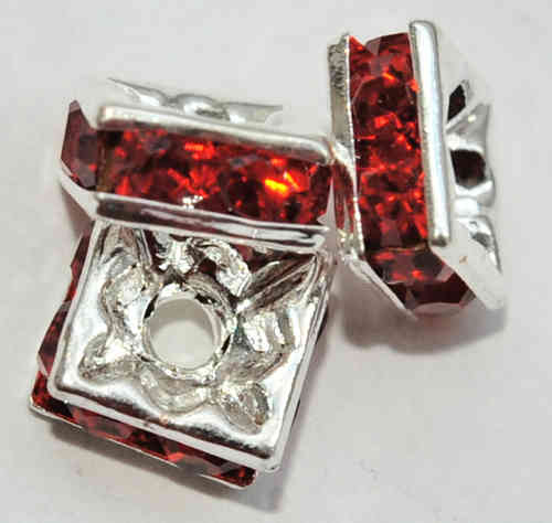 3 STRASS QUADRATE 6x3 MM RUBIN-ROT 6520